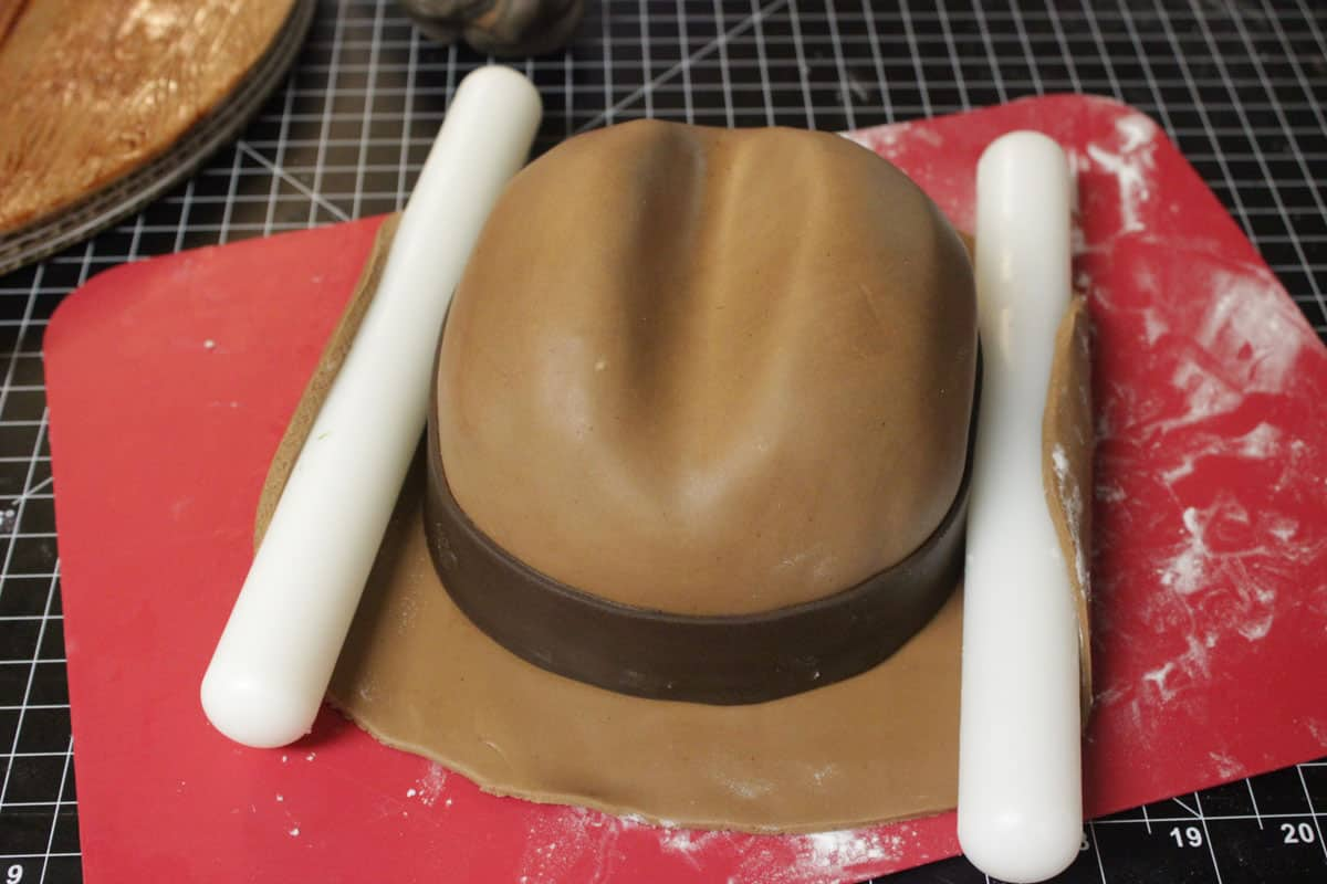 How to Make a Cowboy Hat Cake 18