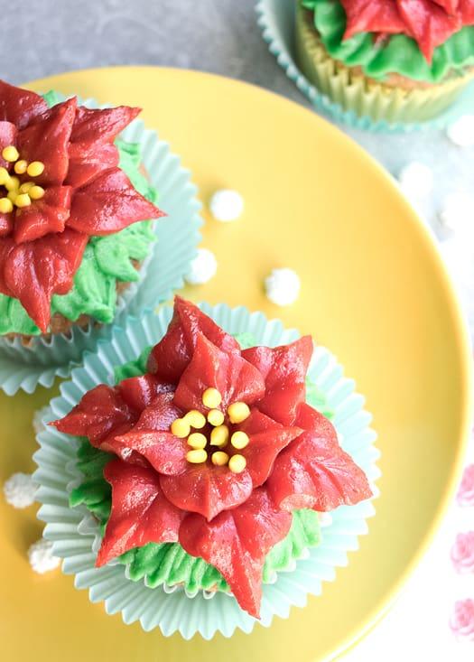 red poinsettia cupcakes