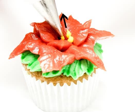 red-poinsettia-cupcakes-10