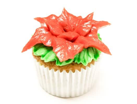 red poinsettia cupcakes 7