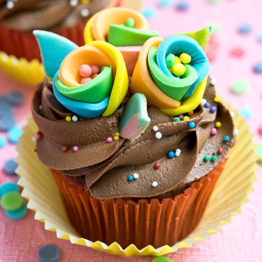 How to Make Rainbow Flower Cupcake Toppers