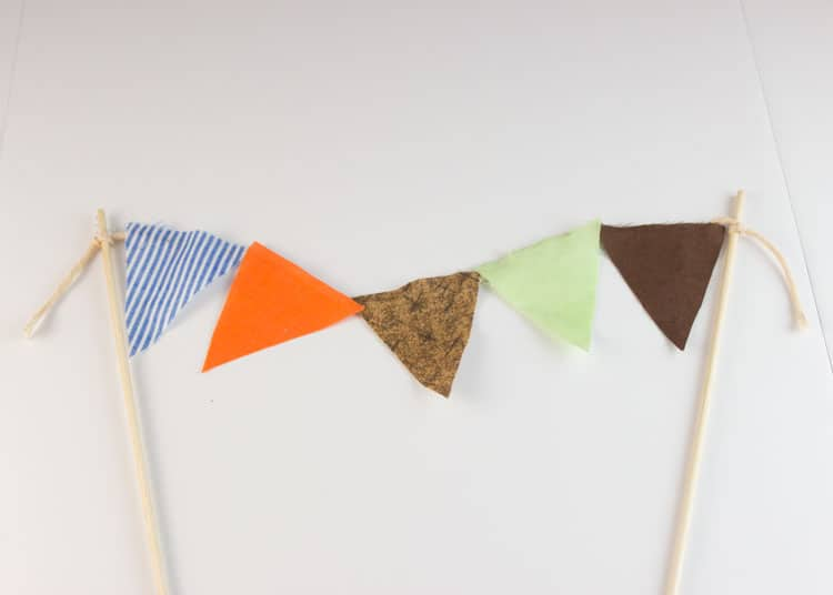 How-to-Make-Bunting-for-Cake-15