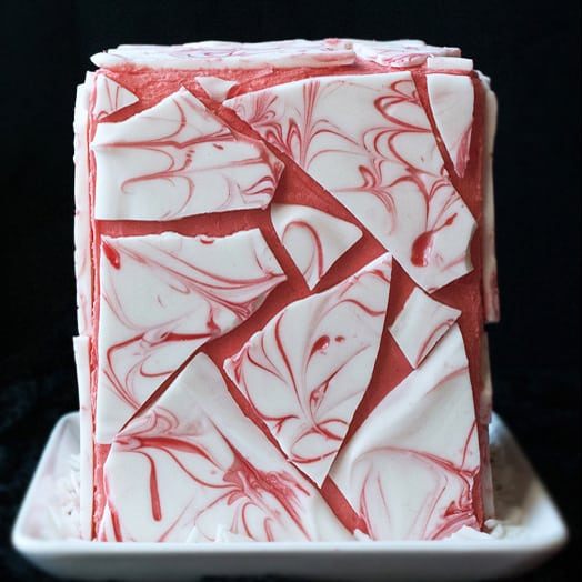 How To Decorate A Cake With Swirled Chocolate