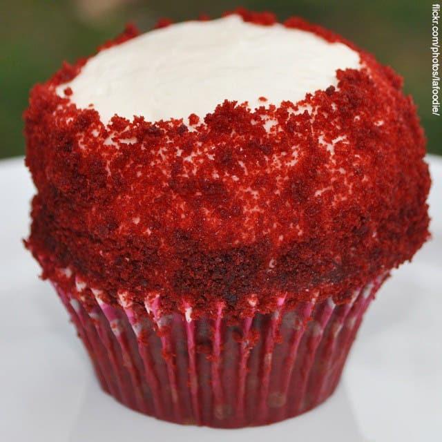 cake crumb muffin