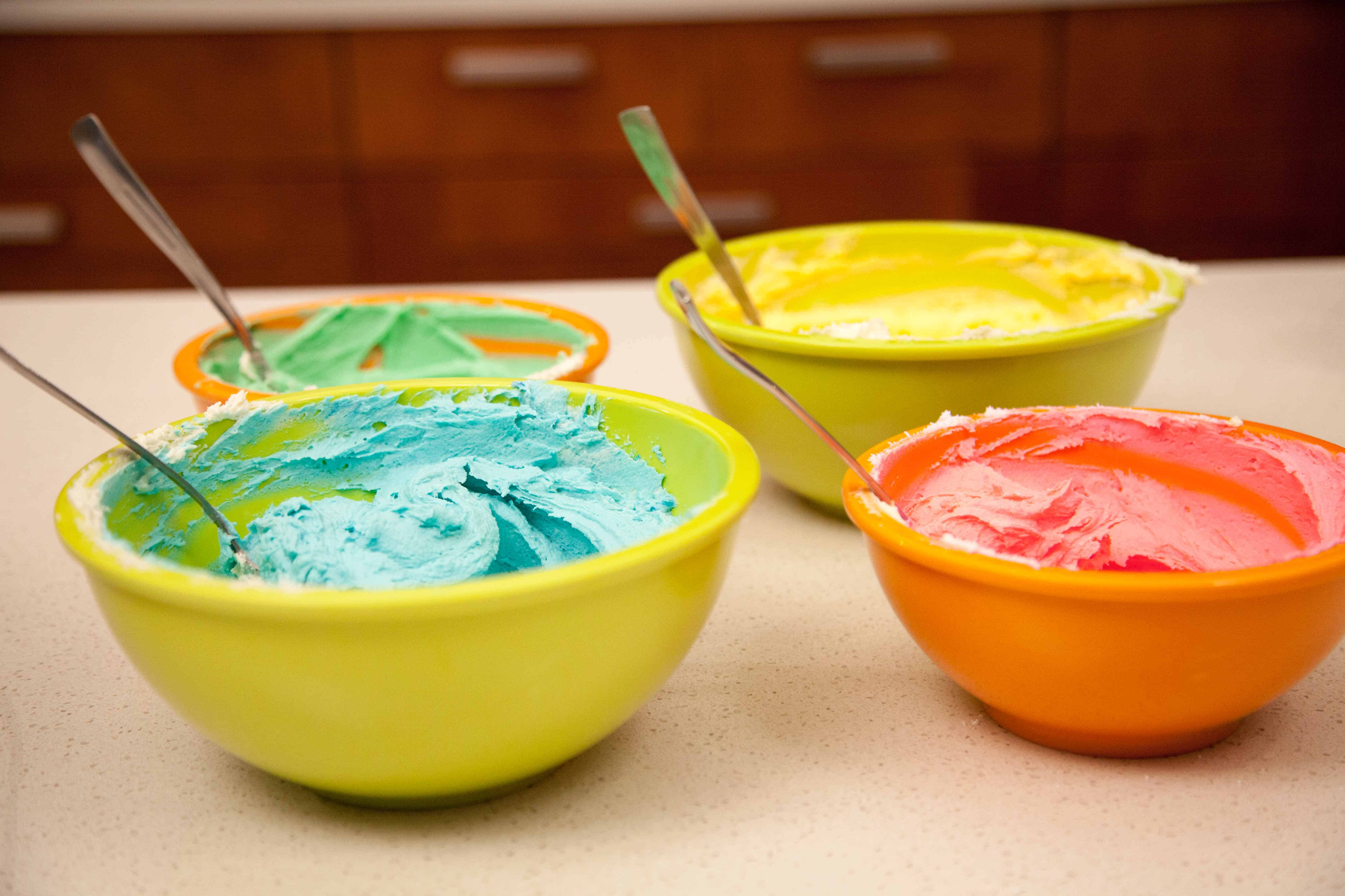 How To Tie-Dye Icing Two Ways