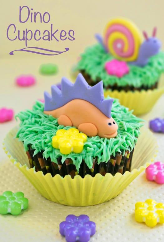 dino cupcakes 01