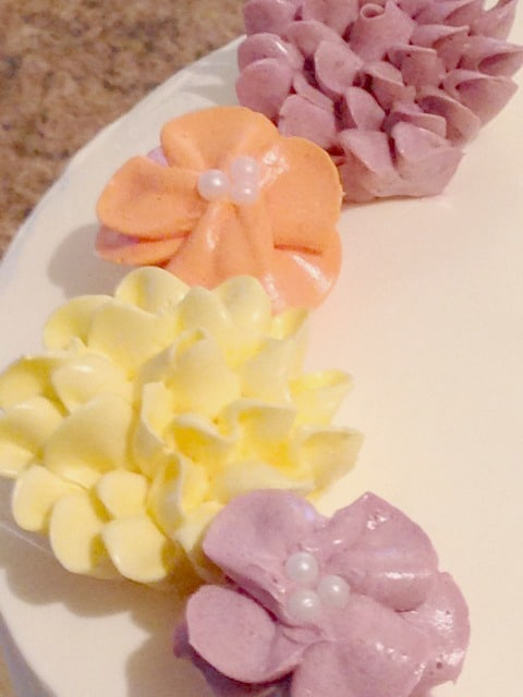 cake flowers edible pearls
