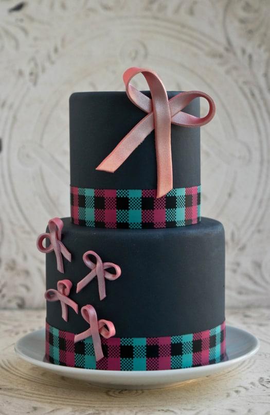 pink bow cake 1