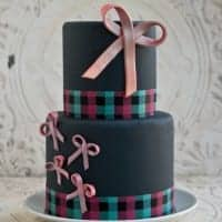 pink bow cake featured image