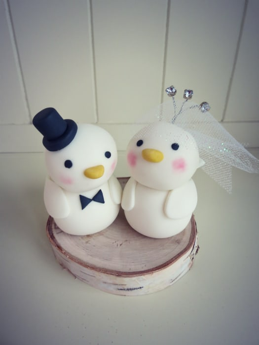 How to make a love birds wedding cake topper this topper could be altered to coordinate with the color scheme decorations or theme of any wedding it would look beautiful on a traditional wedding cake junglespirit Gallery