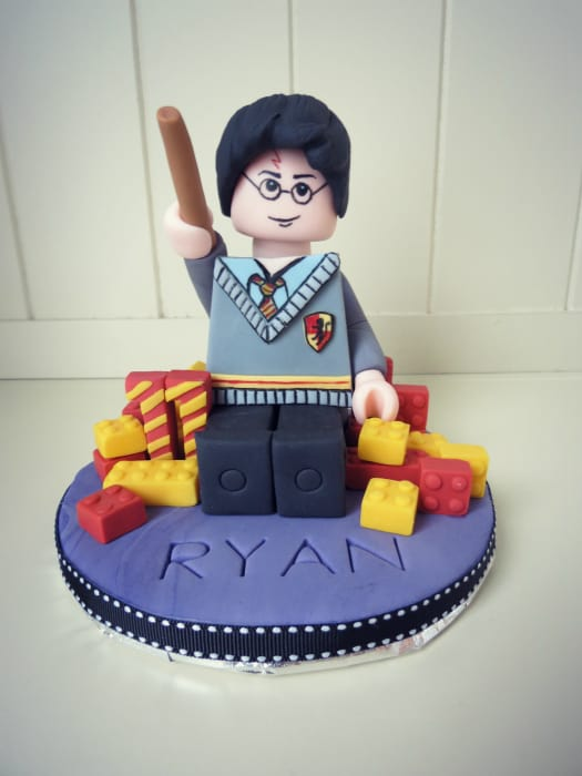 harry potter cake topper how to make a lego harry potter cake topper cakejournal 4731