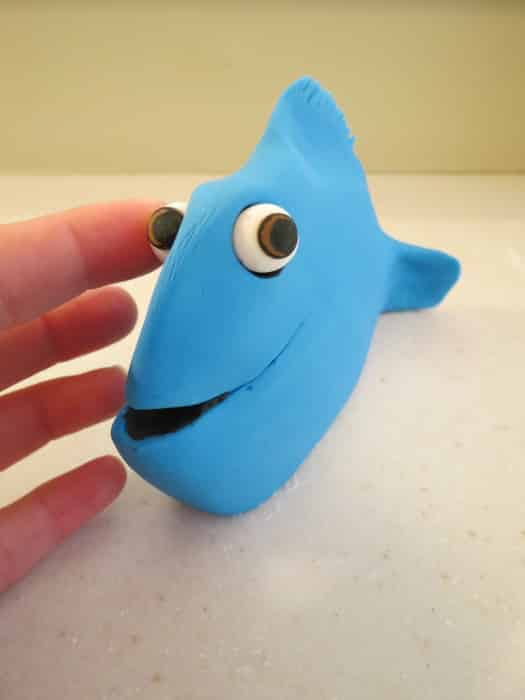 how to make dory out of fondant