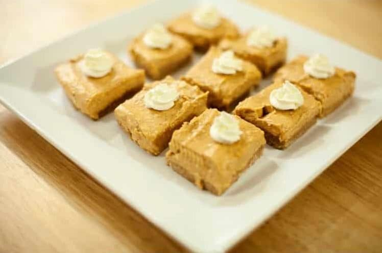 Easy No-Bake Pumpkin Cheesecake Bars