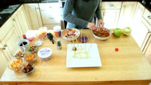 How to make Mini Caramel Apples process