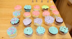 Cupcakes Decorating for Beginner