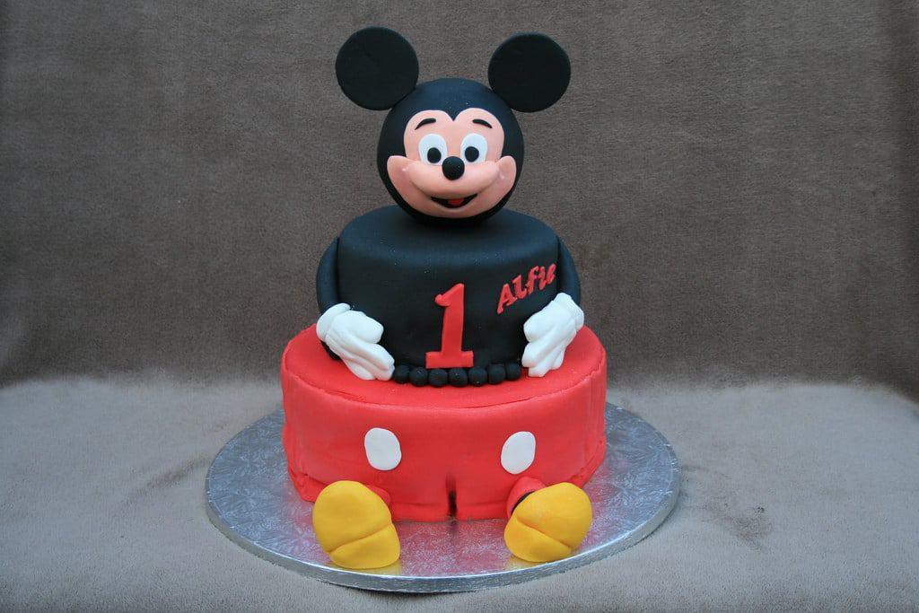 Our Favorite Mickey Mouse Cakes Are Adorable and Delicious