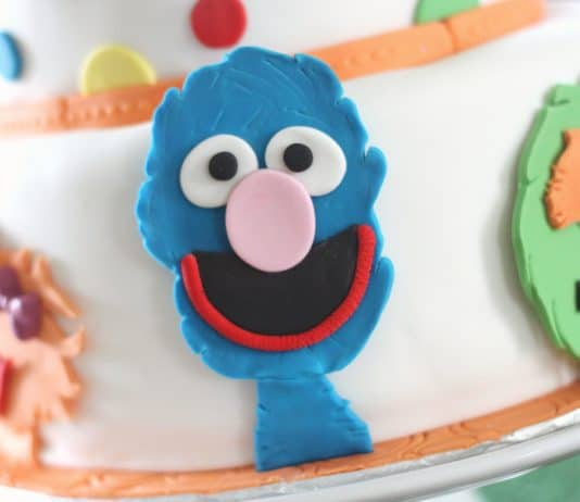 A sesame street cake for a child's birthday party
