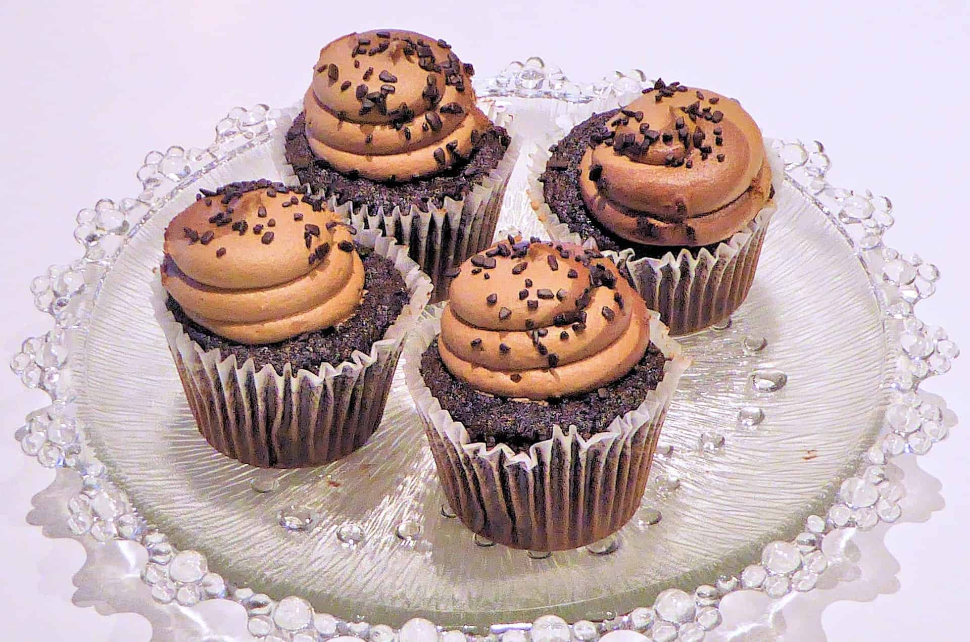 Who Doesn't Love a Good Chocolate Cupcake Recipe?